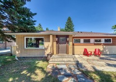 16 roseview drive nw, calgary, ab t2k 1n7 homes & land